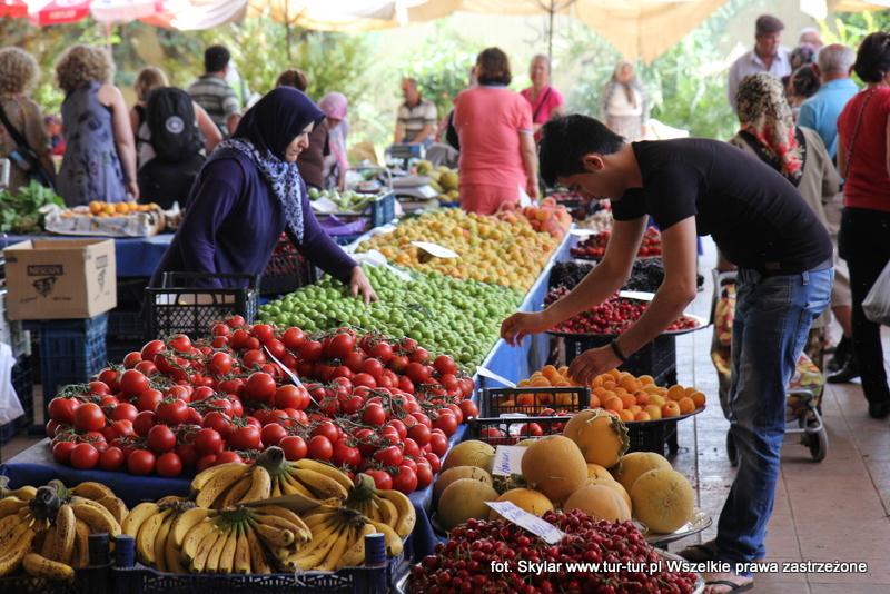 Rybny bazar - Bazar wtorkowy