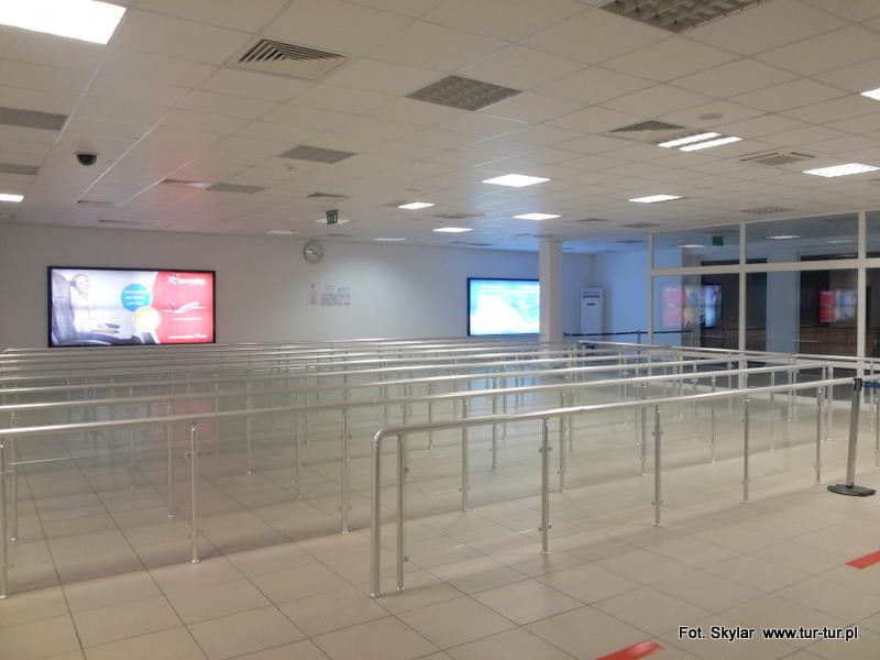 Puste lotnisko w Gazipasy