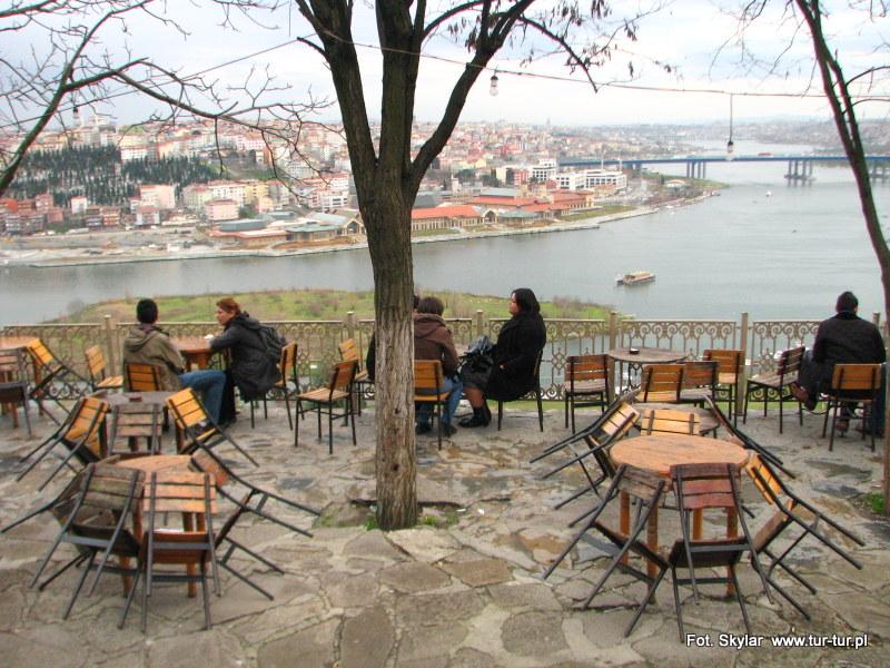 Kawiarenka nosząca imię zakochanego w Stambule artysty Pierre'a Loti